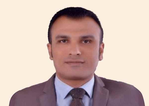 د. أشرف عبدالعزيز