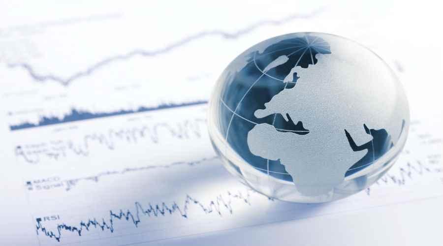 مهددات النمو: