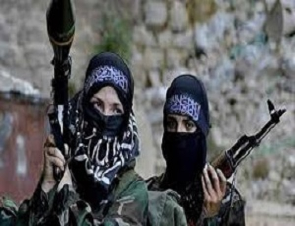 """المقاتلات """"الجهاديات"""":"""