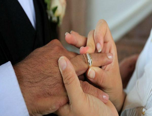 زواج الأزمات: